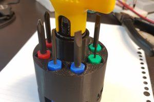 3Dプリンタでドライバーケースを作り直すという話